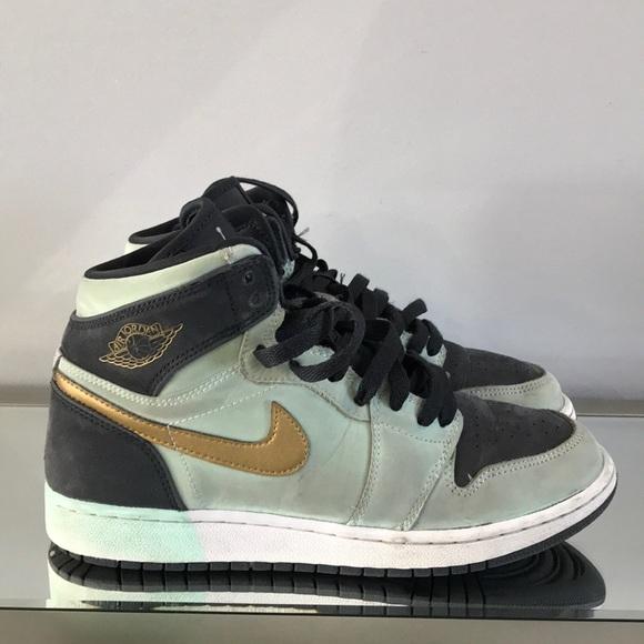 5c49ed7dbe771d Nike Air Jordan 1 Retro High GG Mint Foam Gold 6Y.  M 5c7451f02e147874283fe065